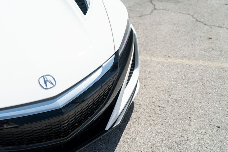 Acura NSX (White)