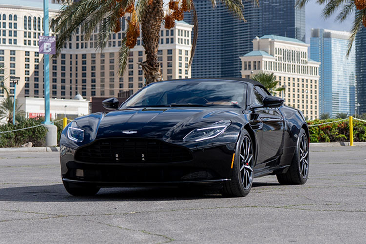 Aston Martin DB11, Black