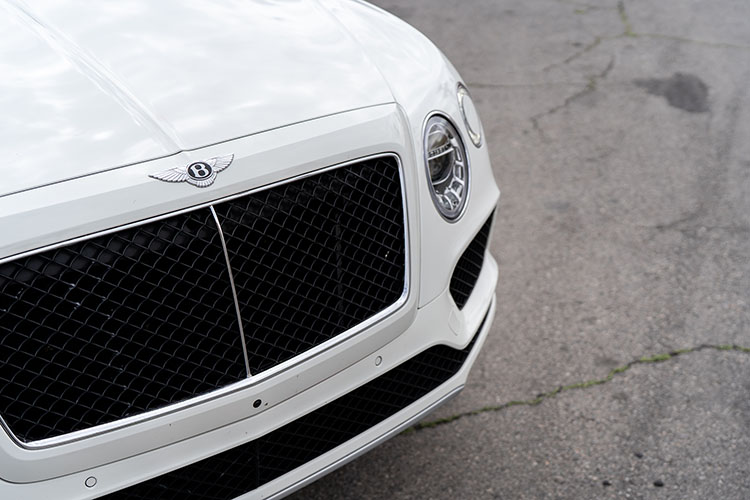 Bentley Bentayga V12, White