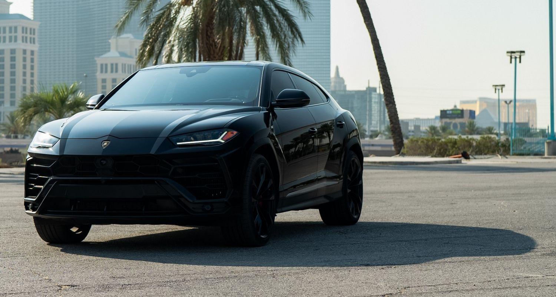 Lamborghini Urus (Black)