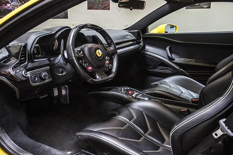Ferrari Italia 458 Coupe
