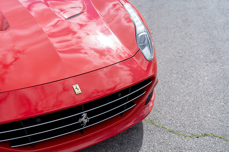 Ferrari California T, Red