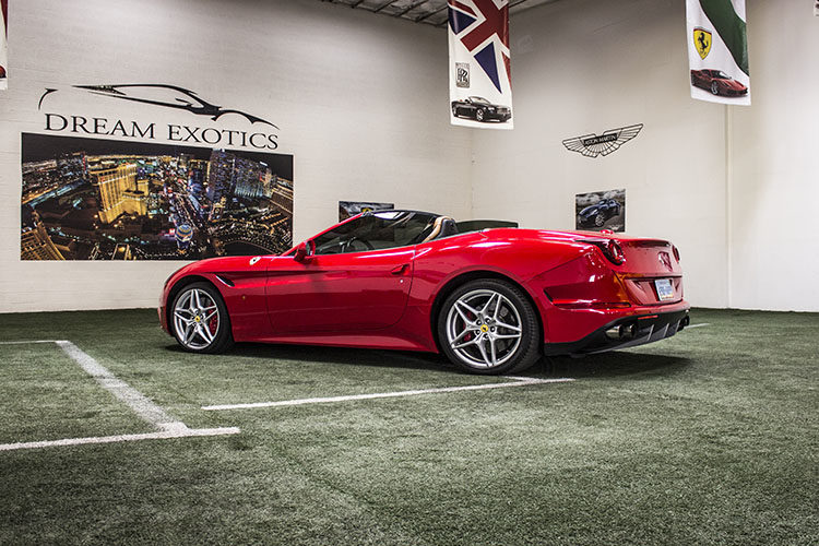 Ferrari California T Convertible, Red