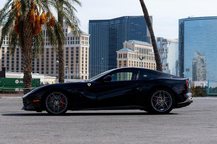 Ferrari F12, Black