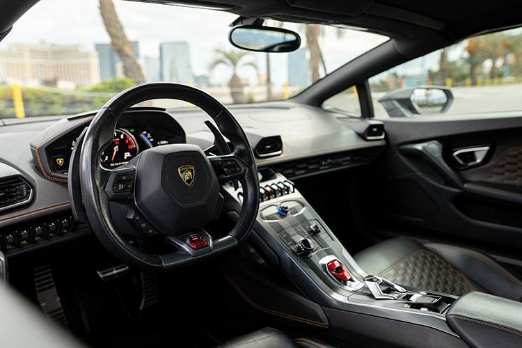 Lamborghini Huracan Spyder, Psychadelic