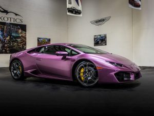 Lamborghini Huracan Purple