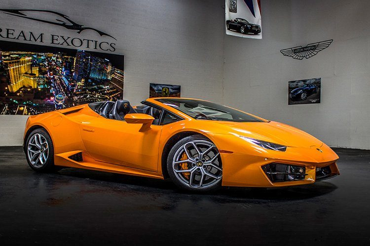 Lamborghini Huracan Spyder Orange