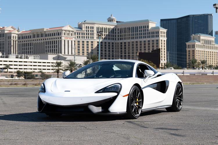 McLaren 570s, White