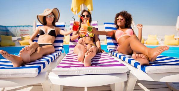Spring In Las Vegas, Pool Parties